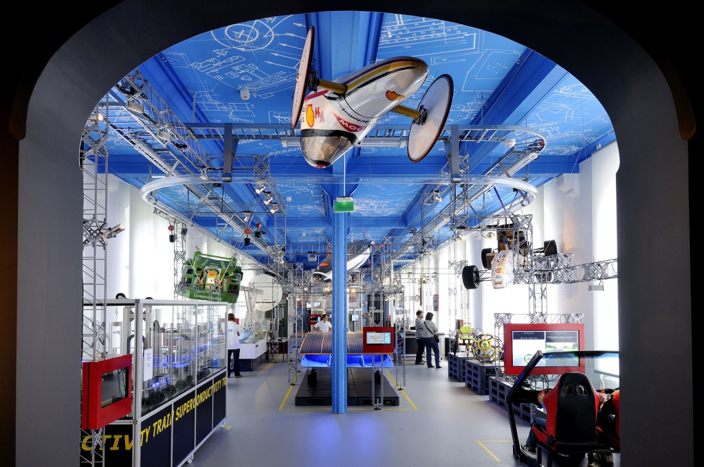 Amazing (Transport) Technology Room